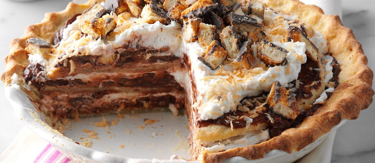 Chocolate-Coconut-Chantilly-Pie