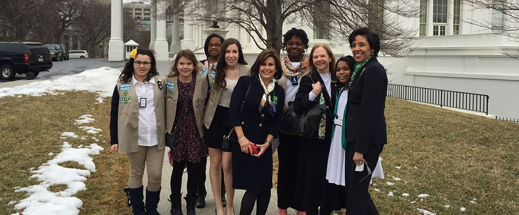 GSUSA leadership with Girl Scouts at the White House