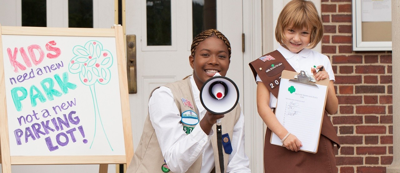Share Your Girl Scout Story!
